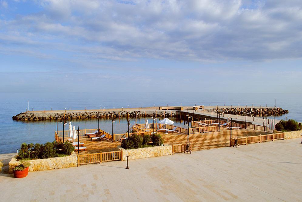 ada-beach-hotel-000