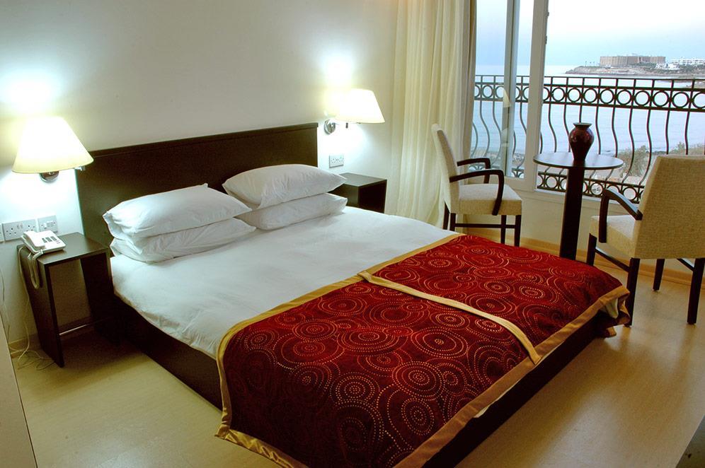 ada-beach-hotel-019