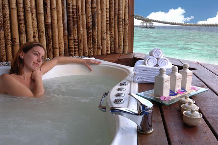 adaaran-prestige-water-villas-maldives-genel-0018