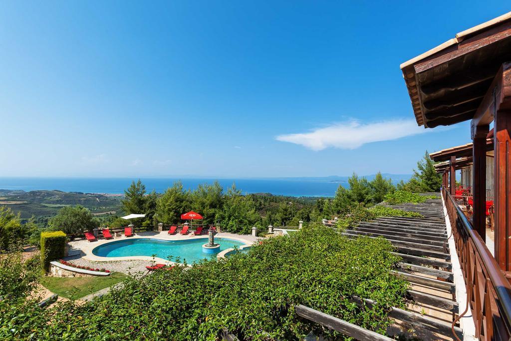 akritas-ef-zin-villas-suites-genel-0010