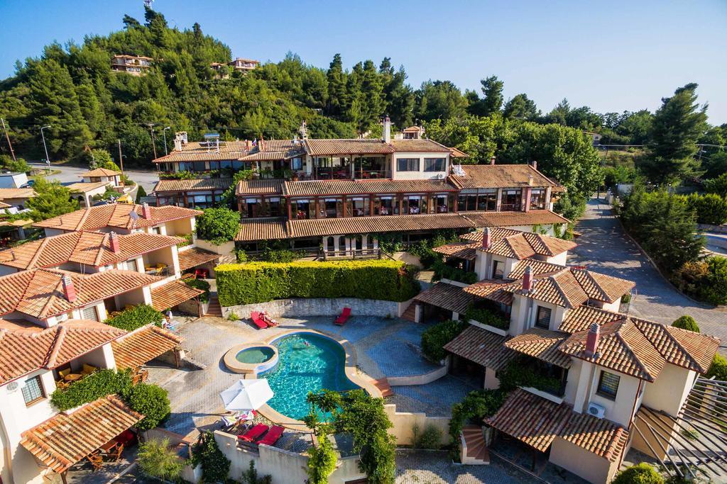 akritas-ef-zin-villas-suites-genel-002