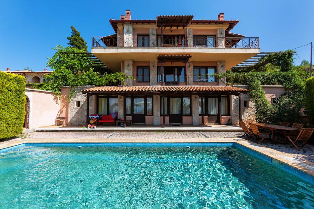 akritas-ef-zin-villas-suites-genel-003