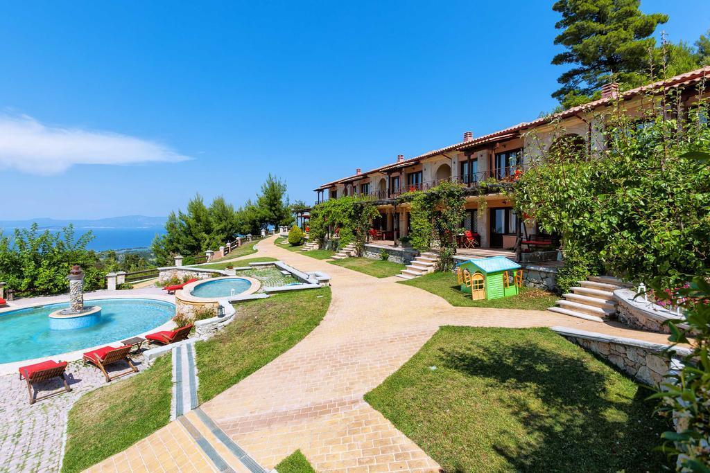 akritas-ef-zin-villas-suites-genel-008