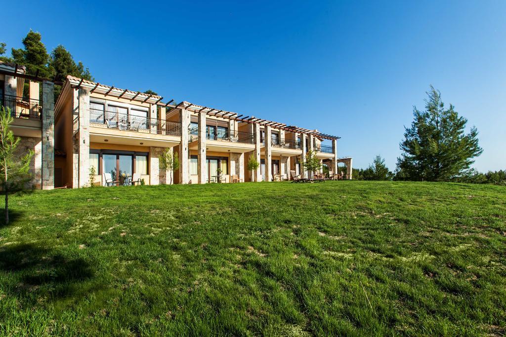 akritas-ef-zin-villas-suites-genel-009