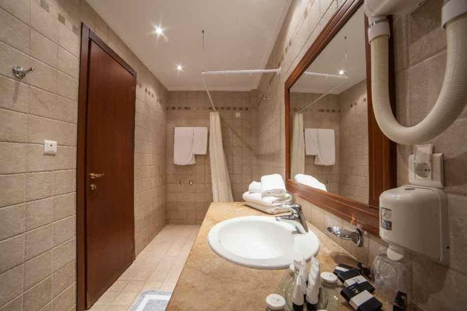 alexandros-palace-hotel-suites-genel-0010