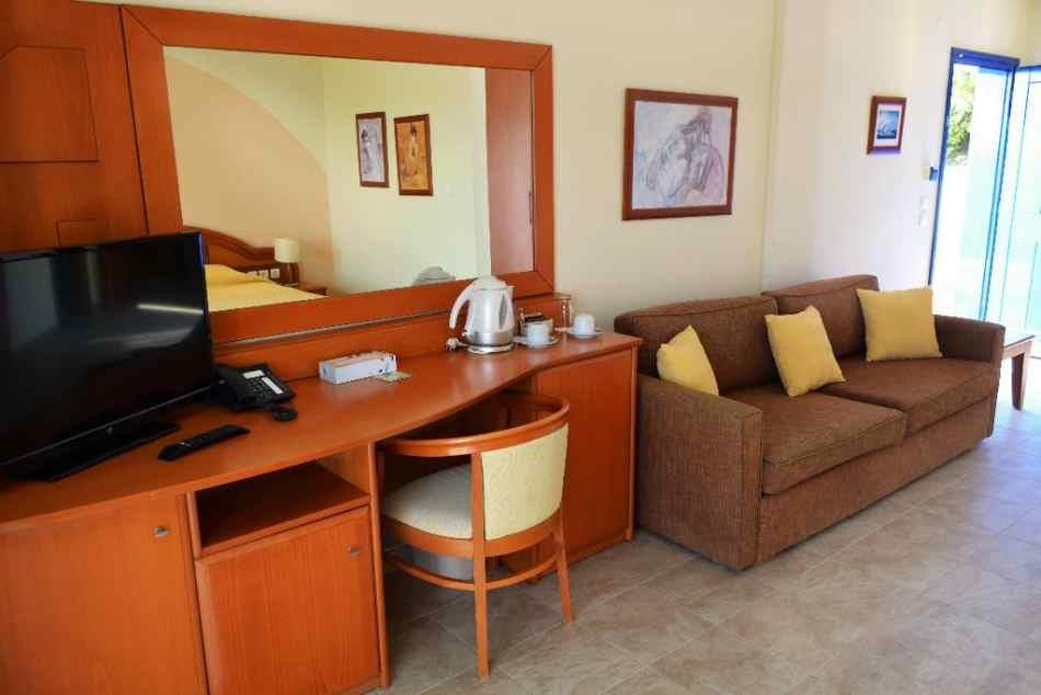 alexandros-palace-hotel-suites-genel-0012