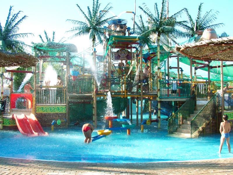 aqualand-resort-hotel-waterpark-genel-0012