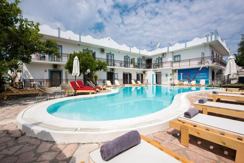 aquarius-beach-eco-aparthotel-genel-001