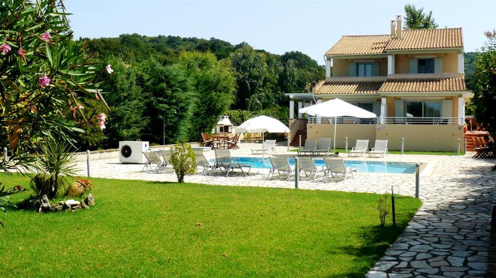 avlaki-beachfront-villa-genel-001