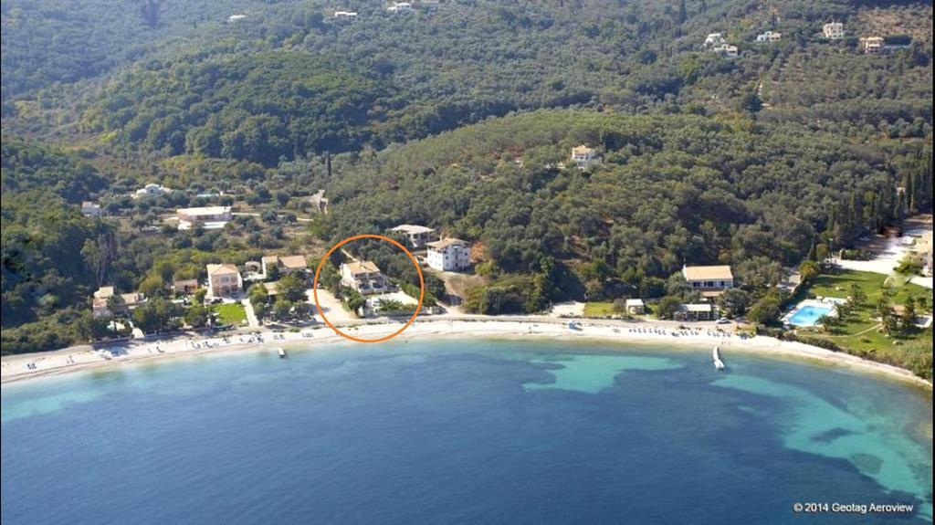 avlaki-beachfront-villa-genel-002