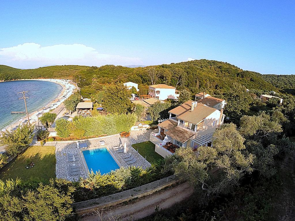 avlaki-beachfront-villa-genel-003