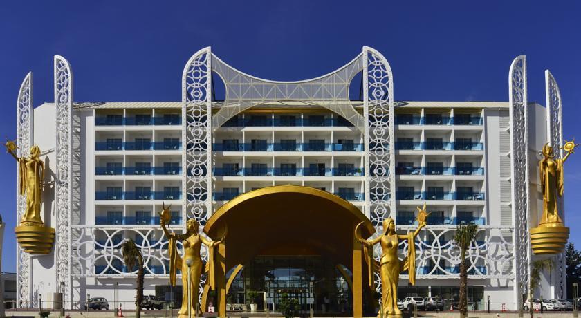 azura-deluxe-hotel-000