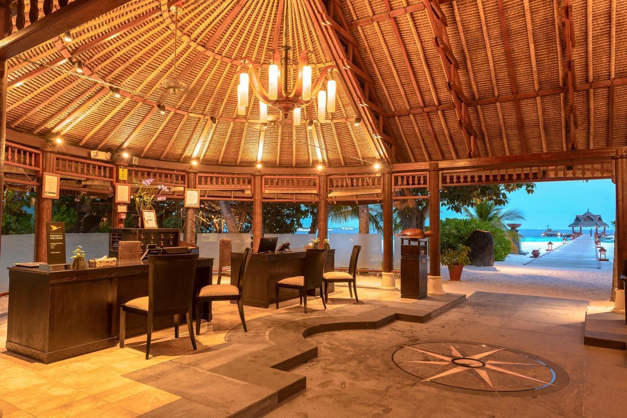 banyan-tree-maldives-vabbinfaru-genel-0016