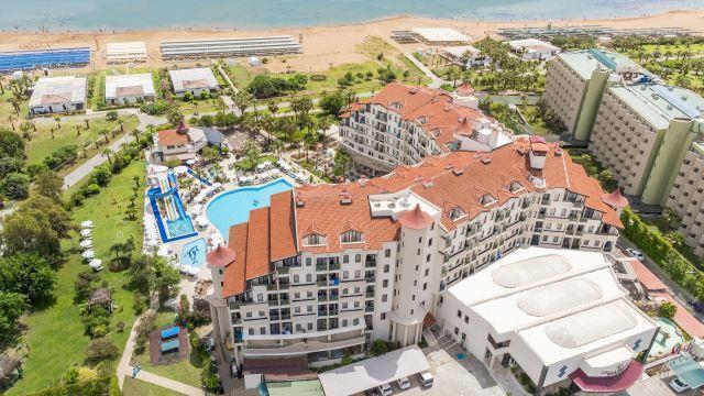 bella-resort-hotel-003