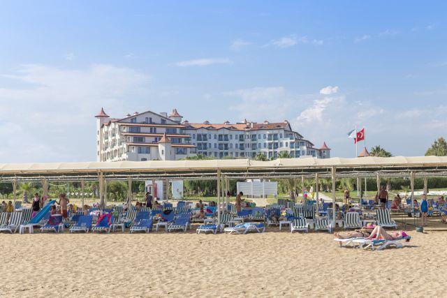 bella-resort-hotel-008