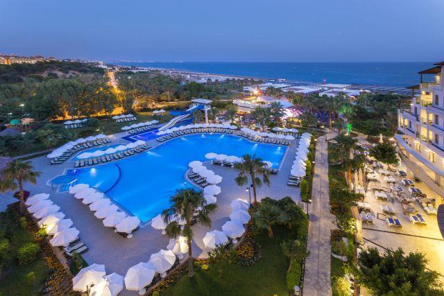 bella-resort-hotel-012