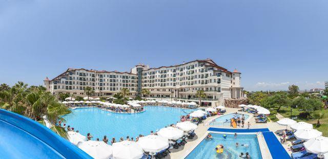 bella-resort-hotel-018