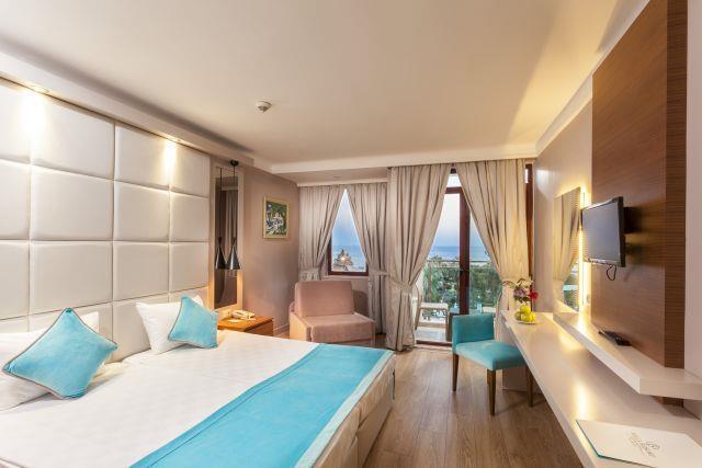 bella-resort-hotel-028