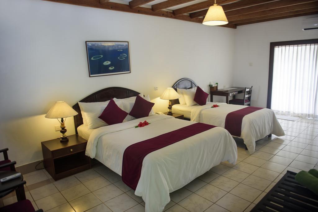 biyadhoo-island-resort-spa-001