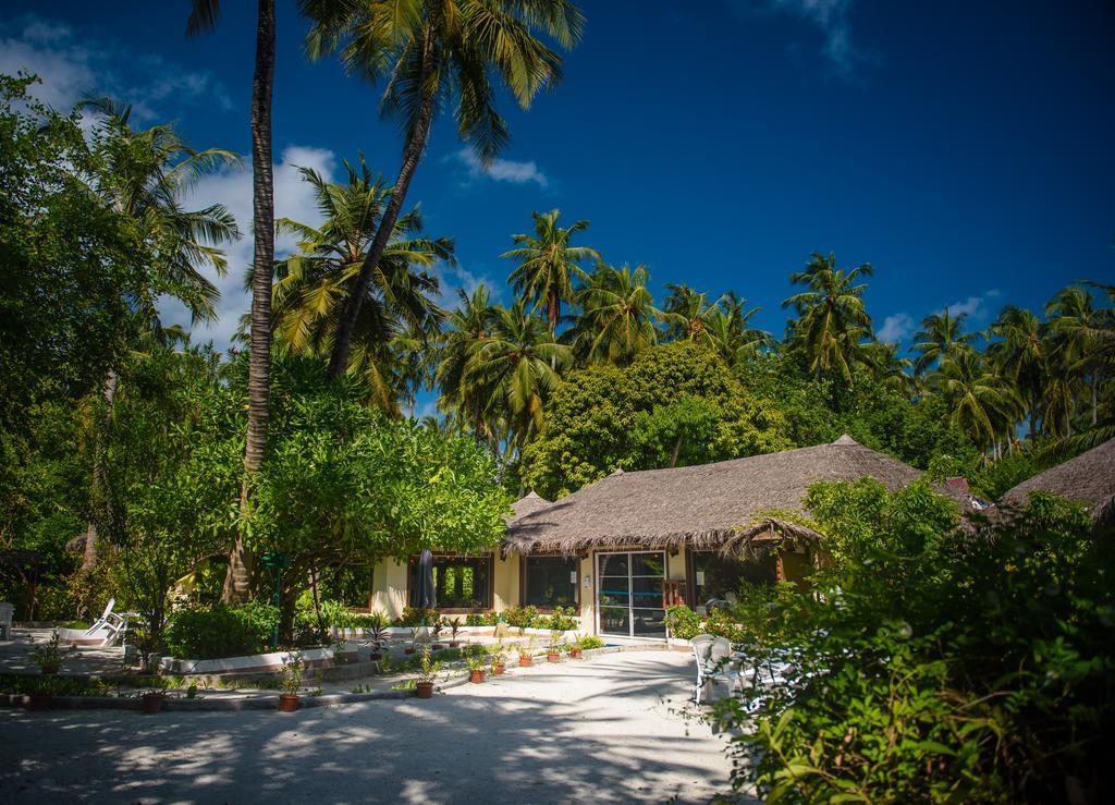 biyadhoo-island-resort-spa-002