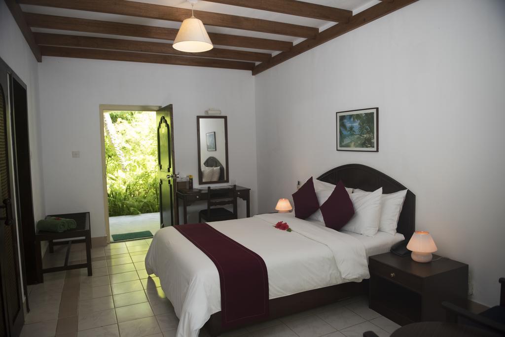 biyadhoo-island-resort-spa-009