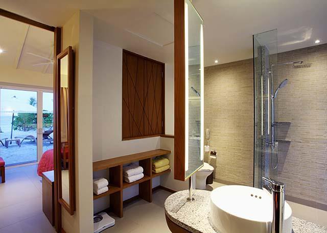 centara-ras-fushi-resort-spa-genel-0011