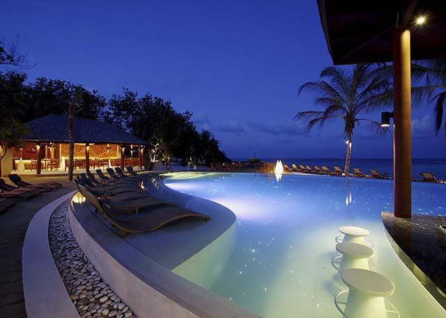 centara-ras-fushi-resort-spa-genel-0016
