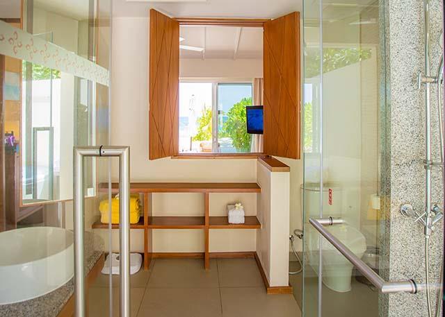 centara-ras-fushi-resort-spa-genel-005