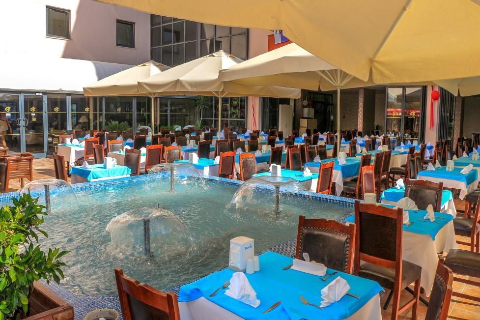 club-aqua-plaza-005