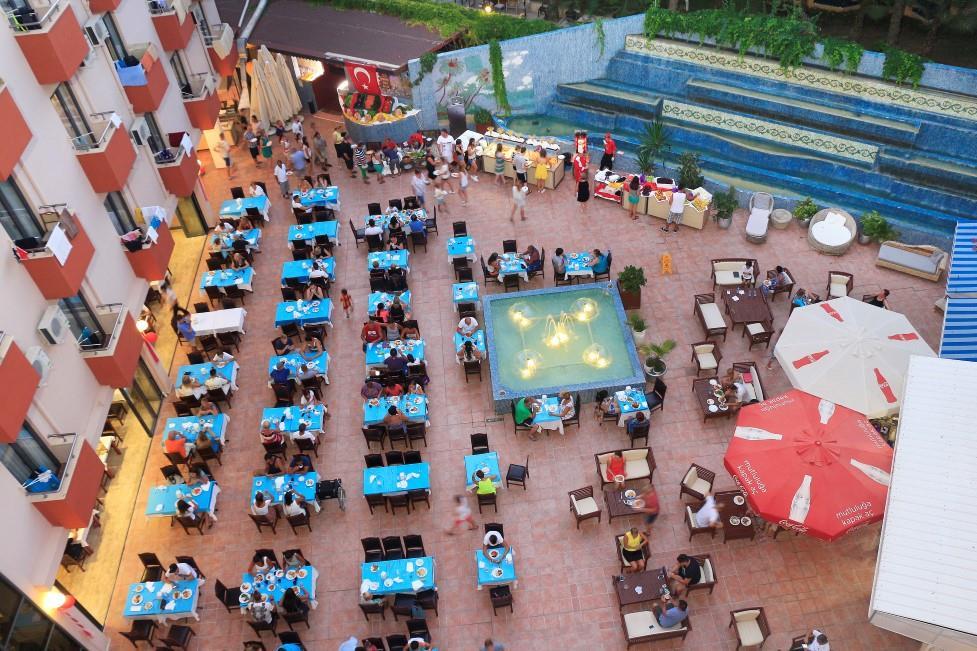 club-aqua-plaza-006