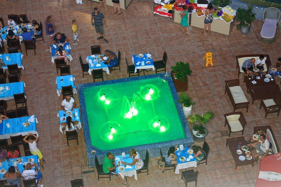 club-aqua-plaza-017