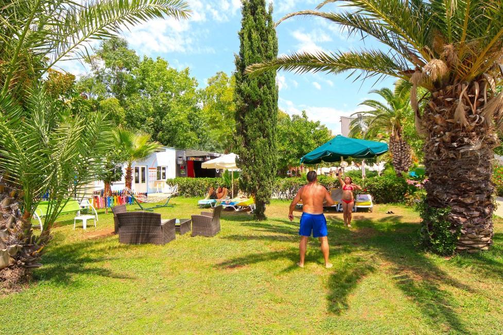 club-aqua-plaza-022