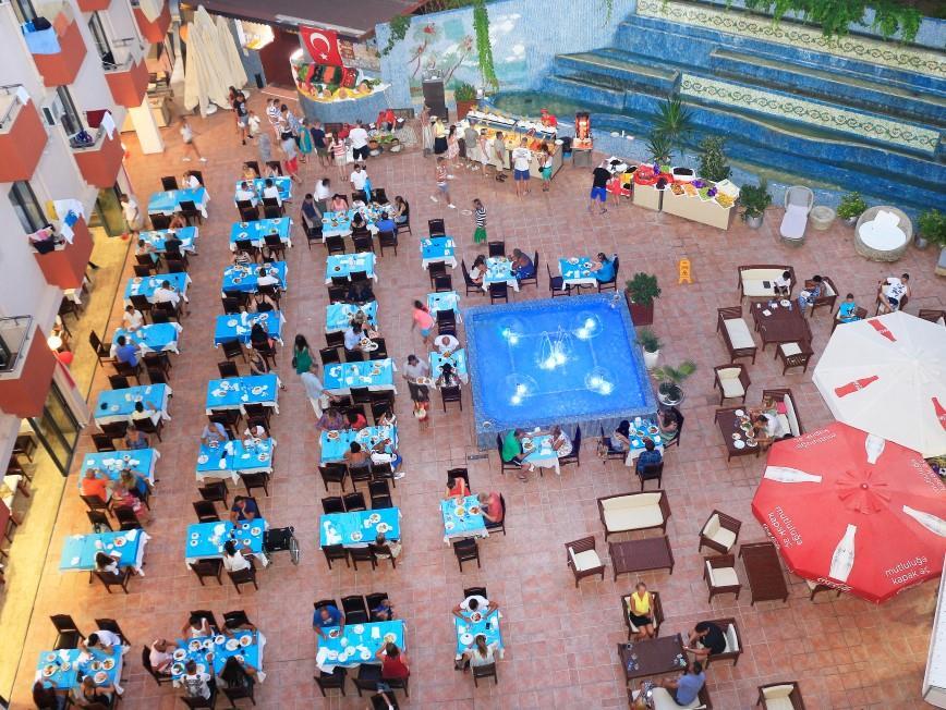 club-aqua-plaza-044