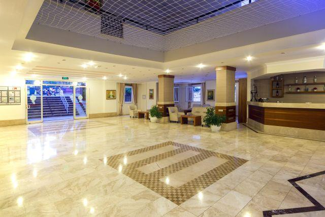 club-big-blue-suite-hotel-012