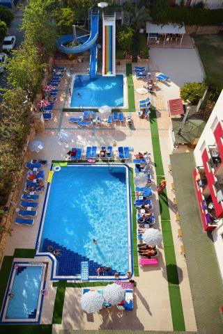 club-big-blue-suite-hotel-045