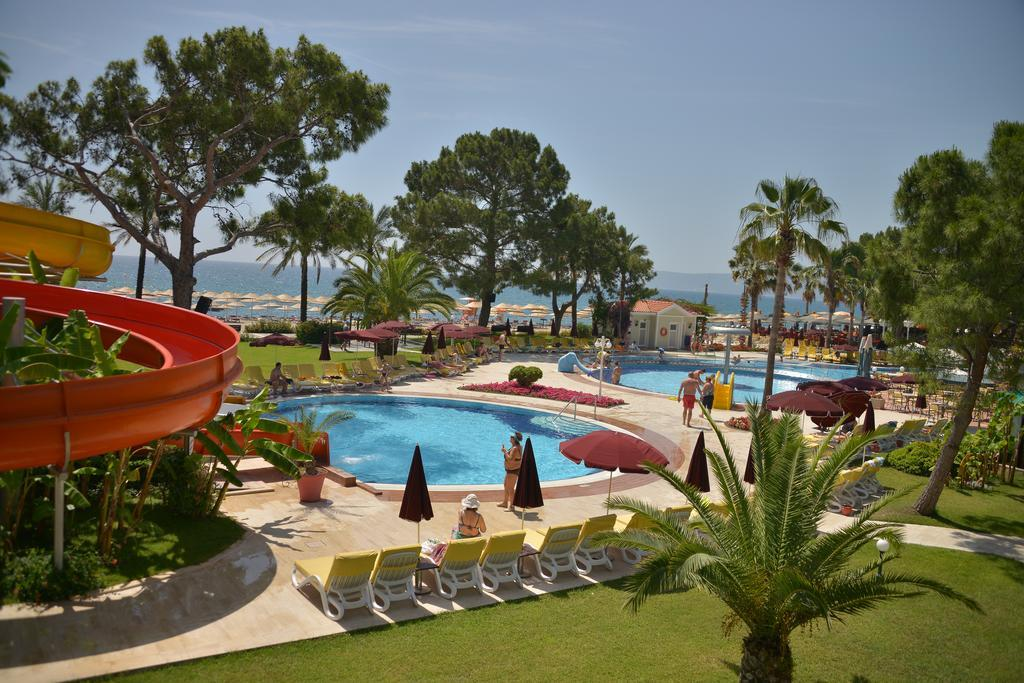 club-boran-mare-beach-genel-0016
