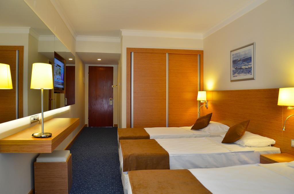 club-hotel-grand-efe-genel-003