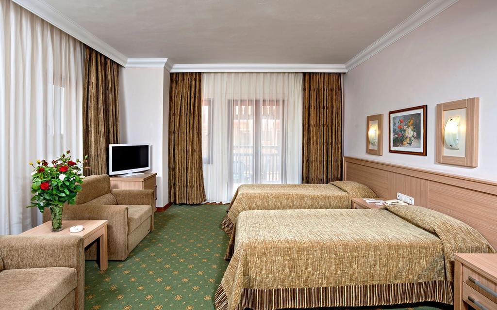 club-hotel-phaselis-rose-genel-0014
