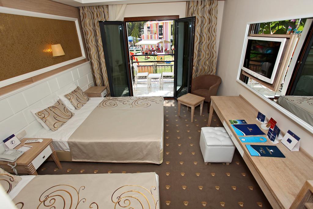 club-hotel-phaselis-rose-genel-006