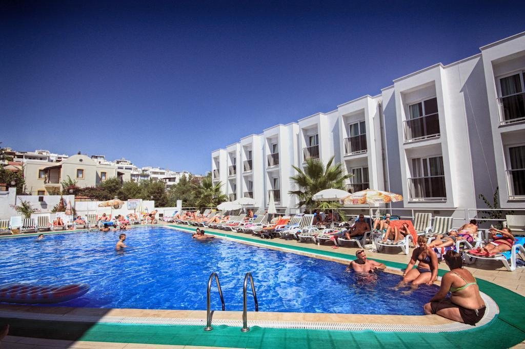 club-shark-hotel-genel-012