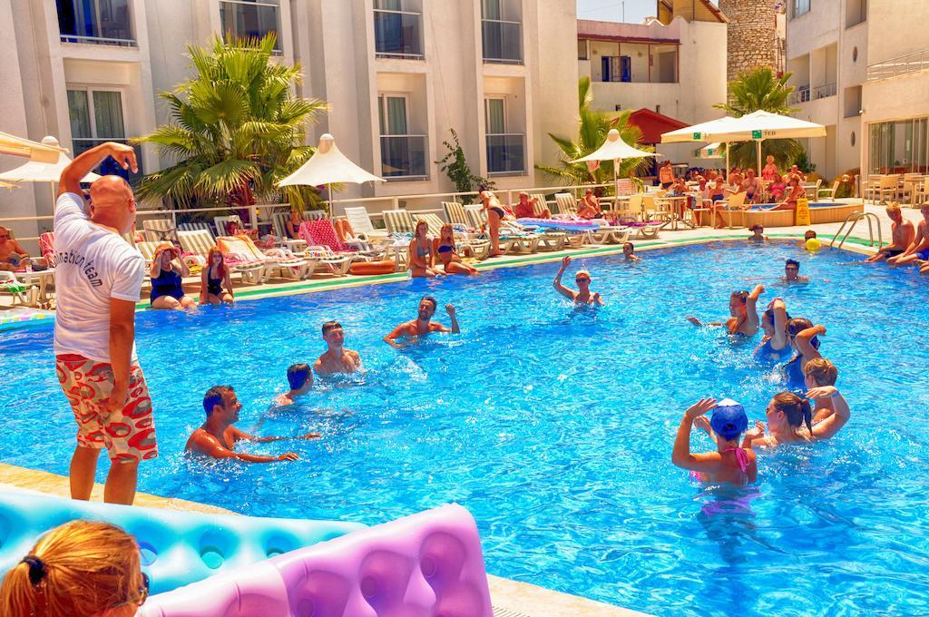 club-shark-hotel-genel-013