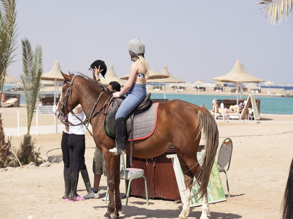 coral-beach-hurghada-resort-genel-009