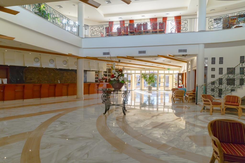 coral-beach-resort-tiran-genel-003