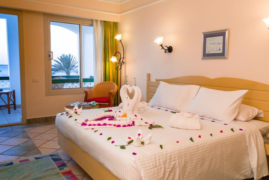 coral-beach-resort-tiran-genel-004