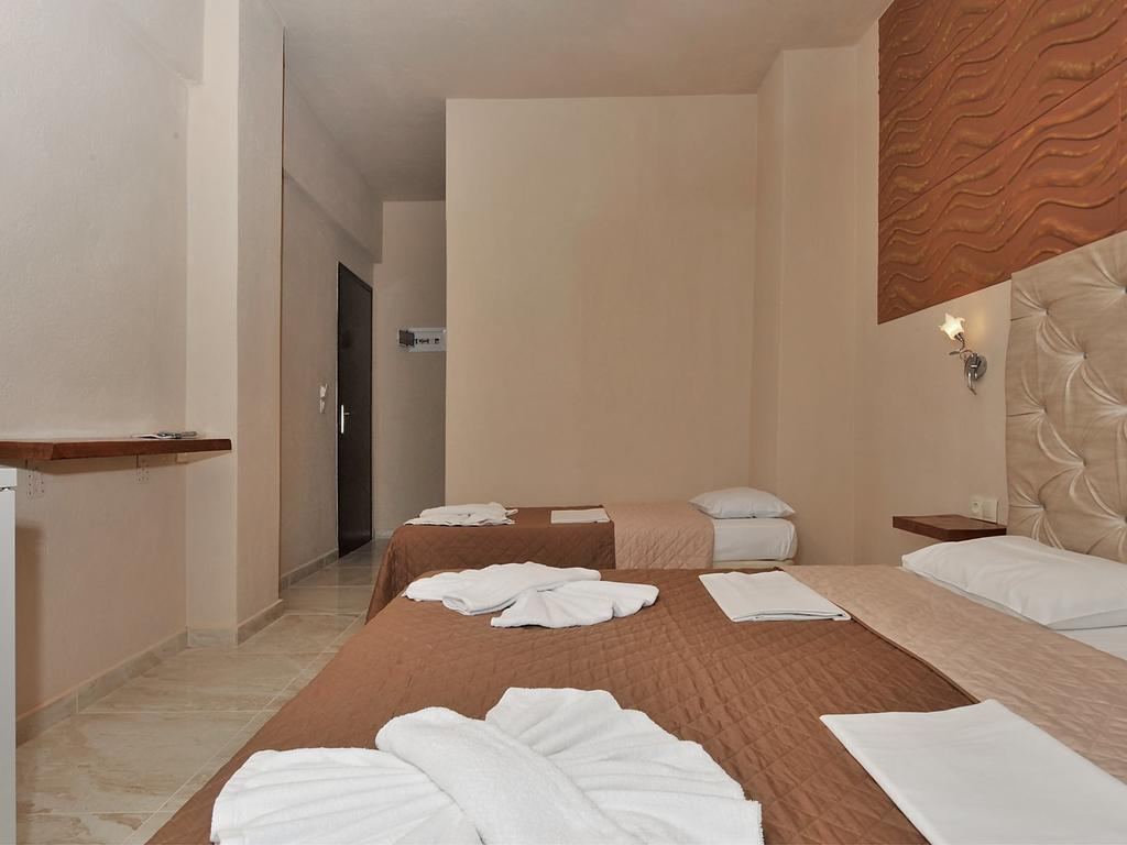 coralli-holidays-rooms-apartments-genel-006