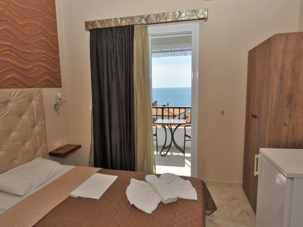 coralli-holidays-rooms-apartments-genel-008