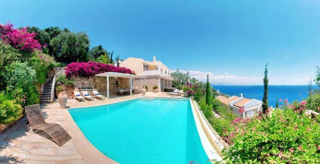 corfu-luxury-villas-genel-001