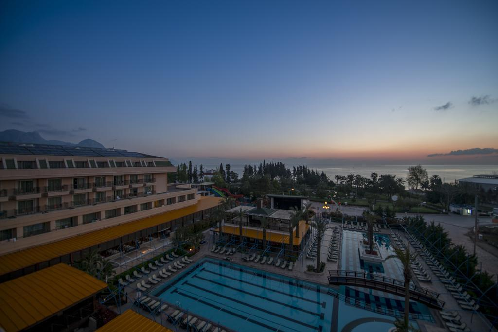 crystal-de-luxe-resort-spa-genel-0017