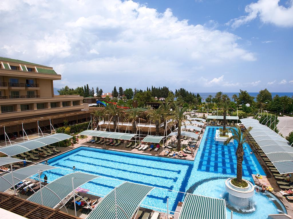 crystal-de-luxe-resort-spa-genel-002