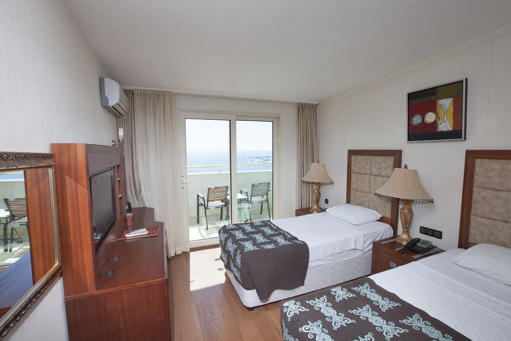 didim-beach-resort-aqua-and-elegance-genel-004
